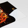 Permanentemente adesive su 255 g/m² pellicola in PVC bianca, lucida.
