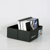 Â…  contiene il campionario carte, il campionario materiali della stampa grande formato e i campioni di materiali di altri sistemi pubblicitari